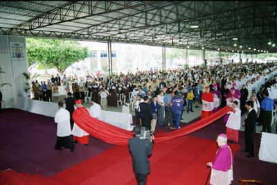 hoyos-in-brazil-for-the-consecration-of-monsignor-fernando-rifan.jpg