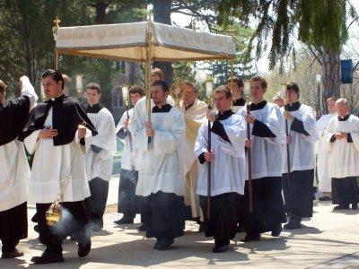 eucharistic_procession_2008_062